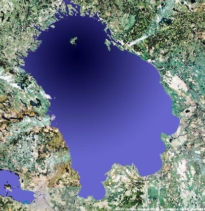 Самое большое озеро в России